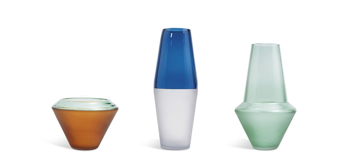 Lee Vases