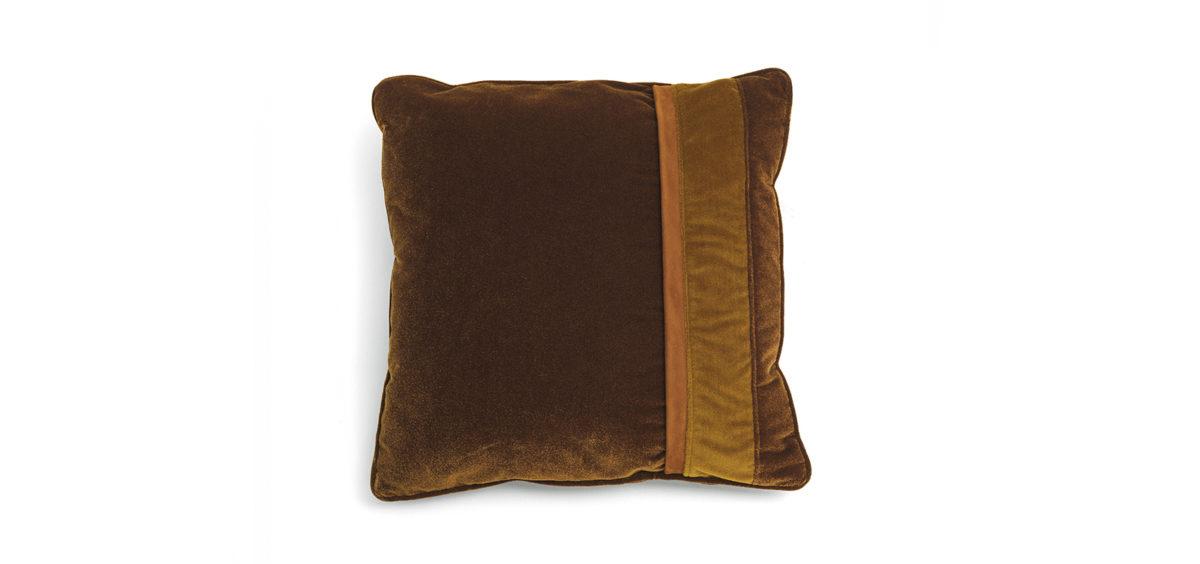 Road 4 Cushion