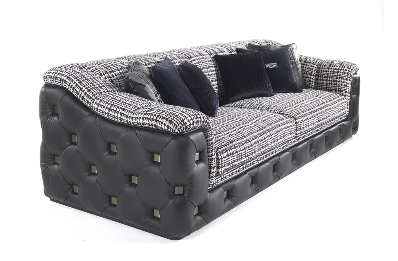 Gianfranco Ferre Home Hill Sofa